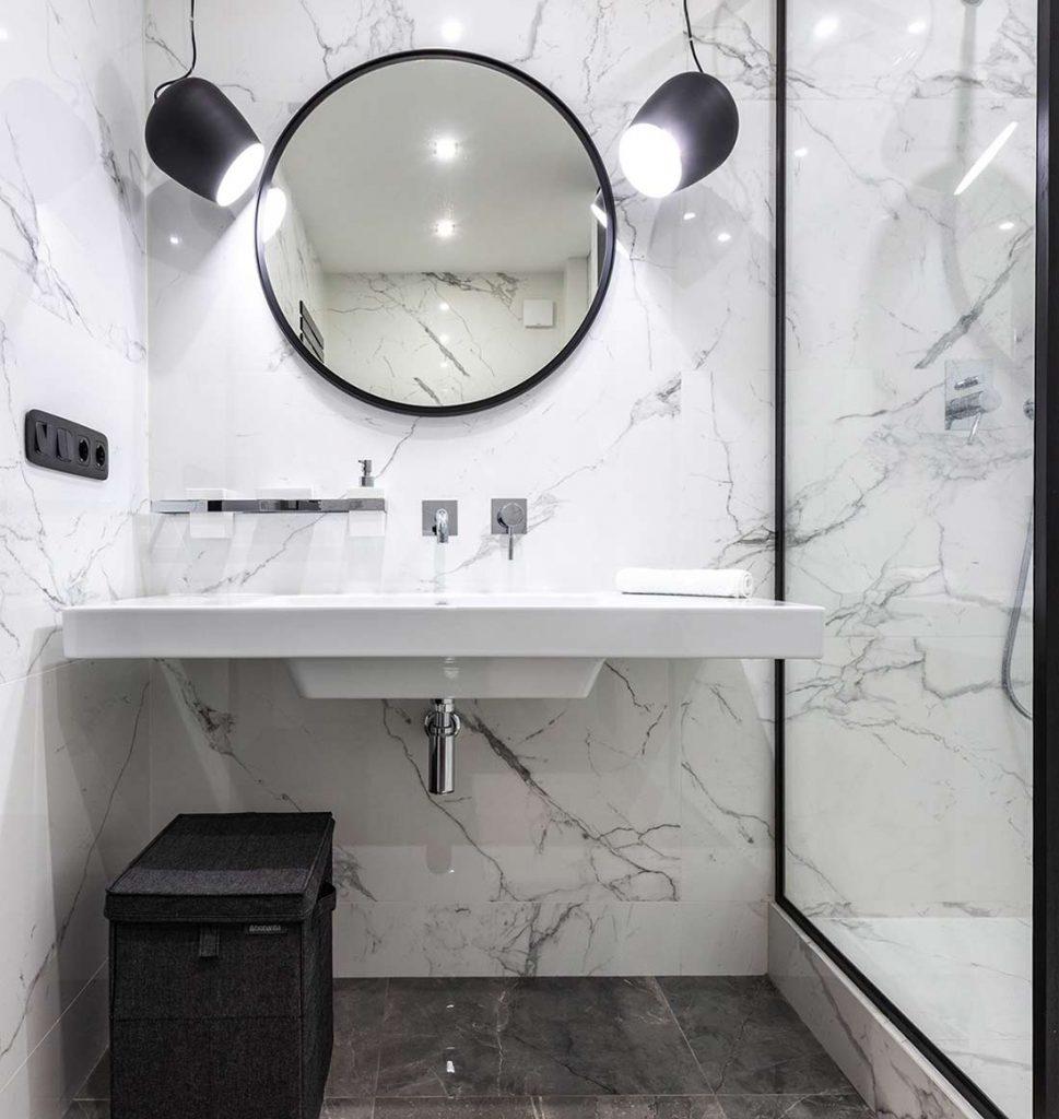 miroir moderne salle de bain